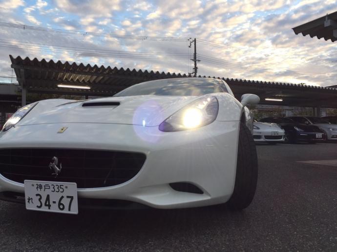 谷畑任三郎の高級車レンタカー配達日記58~フェラーリ カリフォルニア・BMW 220i カブリオレ~
