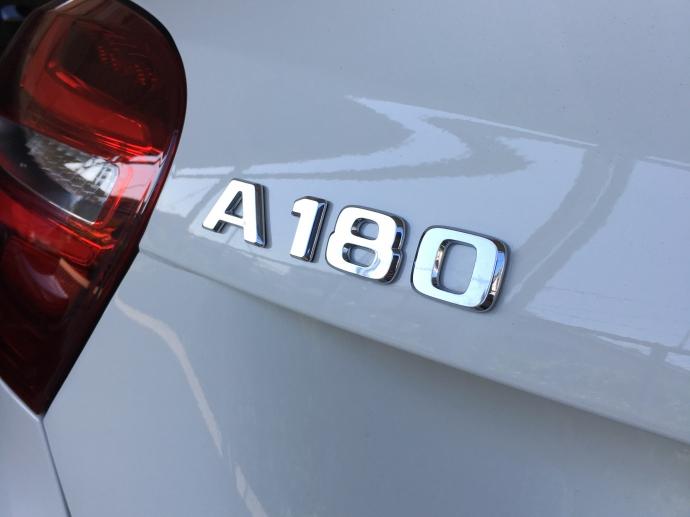 ヘルプ吉村の高級車レンタカー配達日記54~メルセデス・ベンツ A180~