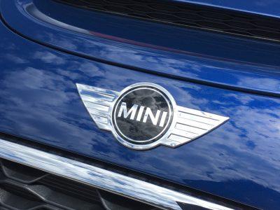 ヘルプ吉村の高級車レンタカー配達日記123〜BMW MINI〜